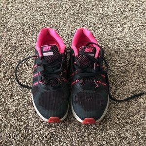Nike Max Dynasty size 3.5Y